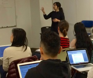 Iris Wenting Xue Teaching the 10-C Checklist to NYU Graduate Students